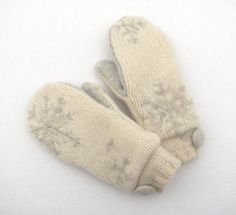 Felted Wool Mittens from Recycled Sweaters Fleece by jmariecreates