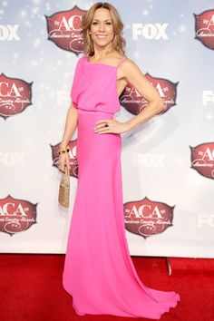 Jewel & Sheryl Crow - ACAs 2013 Red Carpet: Photo Jewel rocks a short and sparkly dress on the red carpet at the 2013 American Country Awards held at the Mandalay Bay Events Center on Tuesday (December in Las… Glamorous Evening Gowns, Evening Dresses, Pink Gowns, Pink Dress, American Country Music Awards, Body Hugging Dress, Sheryl Crow, Jovani Dresses, Red Carpet Looks