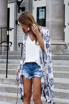 How to pack for the beach 2017 cute summer outfit ideas kimono outfits kimono and cut offs kimono beach cover up denim cut offs summer hat outfit bright dress outfit summer dresses cute romper outfits for summer Source by Ideas for summer 30 Outfits, Outfits With Hats, Summer Outfits Women, Short Outfits, Spring Outfits, Cute Outfits, Fashion Outfits, Beach Outfits, Fashion 2017