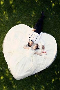 Lustige Hochzeitsfotos Ideen herz weiß