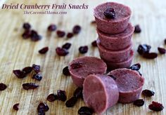 Homemade fruit snacks are a healthy snack to make for your family. These gut-healing recipes are delicious and full of nutrients and superfoods! Gelatin Recipes, Coconut Recipes, Candy Recipes, Dessert Recipes, Snacks Recipes, Health Recipes, Desserts, Healthy Snacks To Make, Healthy Treats