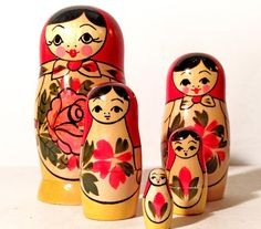 5 Piece Matryoshka Doll Set Russian Nesting Dolls. Hand