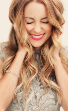 strawberry blonde ombre hair - i kind of want some strawberry blonde!