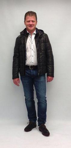 gestepptes Leder - Mit dieser innovativen Lederjacke der Marke Gimo's kann der Winter kommen. Bomber Jacket, Jackets, Fashion, Back Stitch, Leather Jackets, Clothing, Trousers, Down Jackets, Moda