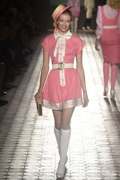 Photo by Giovanni Giannoni(c) Fairchild Fashion Media Pink Fashion, Cute Fashion, Runway Fashion, Fashion Art, Boho Fashion, Fashion Show, Autumn Fashion, Fashion Outfits, Womens Fashion
