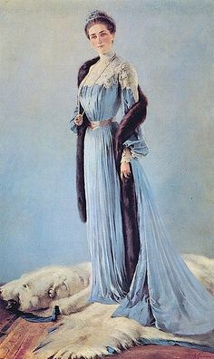 6 эпоха Princess Zinaida Yusupova 1903 K. One of the most beautiful women ever, and I understand she was learned too. And one other tiny tidbit, mother of Prince Felix who murdered Rasputin Belle Epoque, Tsar Nicolas Ii, Tsar Nicholas, House Of Romanov, 1900s Fashion, Vintage Fashion, Imperial Russia, Edwardian Era, Victorian Women