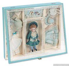 Малышки в подарочных коробках Германия и Франция 1875 - 1909 гг. / Другие винтажные антикварные куклы, реплики / Бэйбики. Куклы фото. Одежда для кукол
