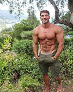 Hunks Men, Hot Hunks, Fitness Bodybuilding, Gym Guys, Beefy Men, Muscle Hunks, Muscular Men, Shirtless Men, Good Looking Men