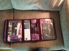 Timeless Beauty Bag as my Thirty-One mobile office! Folded it fits inside the Vary You Backpack! Love it www.mythirtyone.com/403785