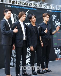 CNBLUE Walk the Red Carpet at KCON 2014