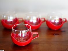 Retro / Vintage Mod Cups - Set of 4 (Red) | Trade Me