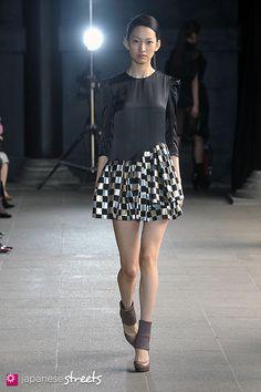 araisara AW 2011 (Japan Fashion Week)