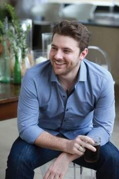 I don't think there is another person on this planet that I find as sexy as Chris Young. . . gahhhh . . . & that voice!?!? Man. Oh. Man.