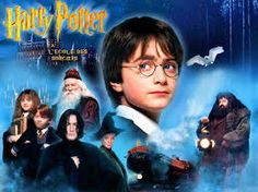 Harry Potter and the Sorcerer's Stone is a 2001 fantasy film directed by Chris Columbus and distributed by Warner Bros. Harry Potter Parties, Harry Potter Video Games, Harry Potter Films, Harry Potter Theme, Harry Potter Birthday, 10 Film, Hogwarts, Slytherin, Daniel Radcliffe