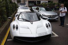 Egy szaúdi rendszámos Pagani Huayra. Fotó: Carl Court/Getty Images Pagani Huayra, London, Vehicles, Sports, Image, Luxury, Hs Sports, Car, Sport