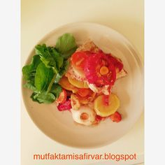 mutfakta misafir var !: PRATİK FIRINDA TAVUK