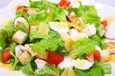 Caesar salad with chicken (Салат Цезарь с курицей)