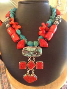 Coral and turquoise necklace. Statement Jewelry, Gemstone Jewelry, Beaded Jewelry, Jewelry Box, Silver Jewelry, Jewelry Accessories, Jewelry Design, Jewelry Making, Jewelry Necklaces