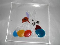 Osterteller, Glasfusing, Easter Plate, glass fusing von Glasstueberl auf Etsy Glass Flowers, Teller, Fused Glass, Plates, Etsy, Inspiration, Easter, Ideas, Licence Plates