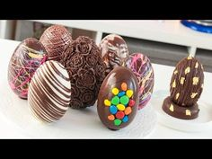 Tan Dulce - YouTube Chocolate Hair, Chocolate Ganache, Deli Food, Chocolate Decorations, Food Decoration, Candy Melts, Chocolate Covered Strawberries, Easter Recipes, Easter Treats