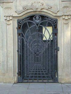 Use of Perspective in gate blacksmithing. Metal Gates, Wrought Iron Doors, Metal Screen, Art En Acier, Art Fer, Door Gate Design, Steel Art, 3d Laser, Iron Art