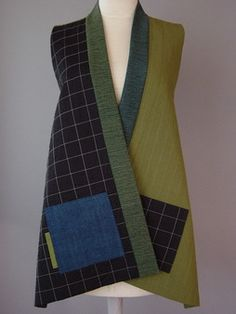 Short Round Neck Kimono Jacket