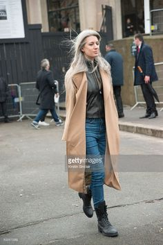 Fashion Features Director at British Vogue Sarah Harris on day 9 during Paris Fashion Week Autumn/Winter 2016/17 on March 9, 2016 in Paris, France. (Photo by Kirstin Sinclair/Getty Images)Sarah Harris