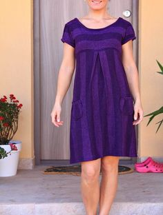 Jednoduchá pletené šaty s vreckami