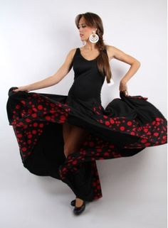 Flamenco dress with 6 high godets