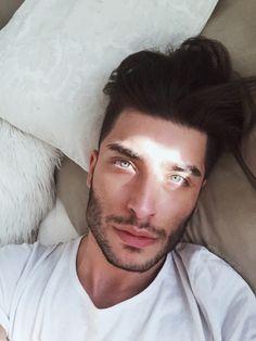 toni-mahfud: Hey you ☀️ (instagram:@tonimahfud)