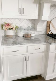 Beautiful Home Interior white kitchen with gray marble counter top and white subway tile back splash.Beautiful Home Interior white kitchen with gray marble counter top and white subway tile back splash Kitchen Redo, Home Decor Kitchen, Kitchen Hacks, Kitchen Layout, Rustic Kitchen, Kitchen Modern, Minimal Kitchen, Kitchen Updates, Functional Kitchen