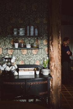 Gotland by Babes in Boyland Love the William Morris wallpaper! Decor, House Design, Morris Wallpapers, Interior, William Morris Wallpaper, William Morris, Home Decor, House Interior, Interior Design