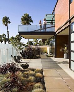 Point Loma House by Macy Architecture #papodearquiteto #architeture #arquitetura #housedesign #homedesign #residence #house #arquitetapage #arquiteturaedesign #arquitetando