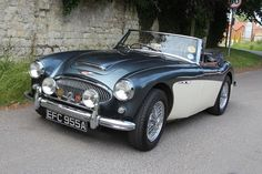 Magic Carpet Auto Transport This is how we Rock. #LGMSports transport it with http://LGMSports.com 1963 AUSTIN-HEALEY 3000 MKIIA