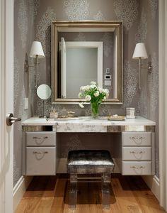 Фото из статьи: Как обустроить туалетный столик в маленькой спальне: 5 лучших идей