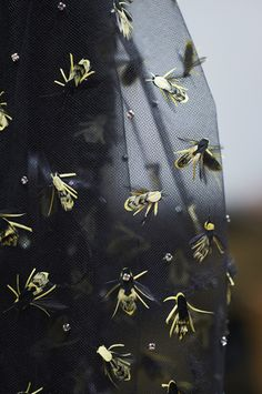 MAKING OF THE PRESS KIT – Chanel Spring 2016 Haute Couture #details