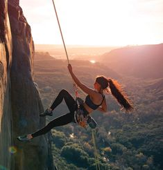 wanderlust adventure The Equation That Will Make You Better at Everything: Stress + Rest Growth Trekking, Adventure Awaits, Adventure Travel, Life Adventure, Places To Travel, Places To Go, Travel Destinations, Bodybuilding Training, Extreme Sports