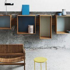 De SJ Boekenkast is ontworpen door Sebastian Jørgensen voor het Deense label We Do Wood. De boekenkast is ingetogen en uitermate functioneel. Het merk We Do Wood werkt veel met het materiaal bamboo dat is soepel, robuust en ook nog duurzaam. Etagere Cube, Bibliotheque Design, Library Wall, Module, Shelves, Living Room, Furniture, Rue Verte, Home Decor