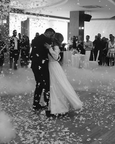 Sabe (@sabe_weddingdresses) • Zdjęcia i filmy na Instagramie
