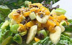 Insalata di frutta e verdure - Ricetta per l'insalata di frutta e verdure, un mix di alimenti sani che possiamo definire le regine della stagione estiva, per disintossicarsi e depurare l'organismo.