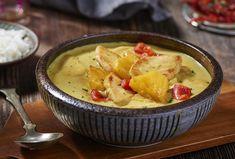 Dieses indische Currygericht begeistert jeden! Probieren Sie unser würziges, cremiges und aromatisches Rezept mit Huhn, Ananas und Kokosmilch.