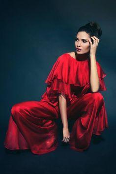 Moda - Sergio Cyrillo Photographer Peças da Produção by Walério Araújo #fashion #studio #shooting #red #beautyfull