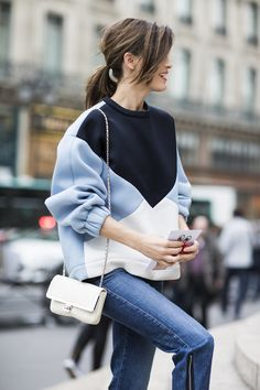 Bold geometric hoodie in shades of blue. Hanelli Mustaparta is such a style icon