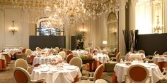 Hotel Plaza Athenee - Breakfast