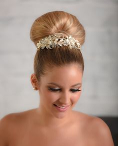 Style 2039 Headpiece