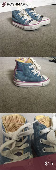 factory price 57974 246c8 Toddler high top converse High top   designed to look like paint splatter    mesh fabric as tongue   so cute with everything, even dresses 💘 Converse  Shoes ...