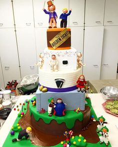 """How spectacular is this Willy Wonka cake by Emily Easterly from our Decorating Room?? The Wilton School will have a booth at America's Baking and Sweets…"""
