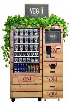 Tres amigos decidieron hacer de la comida saludable su negocio. Con mucho esfuerzo personal ya han logrado instalar seis máquinas expendedoras de ensaladas en Santiago y ahora, con la ayuda de Corfo y UDD Ventures van por más.