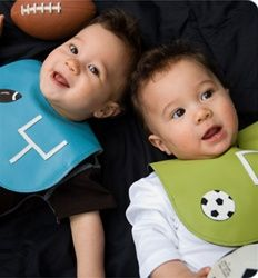Mally leather bib is handmade in Canada with 100% baby safe leather. Durable, easy to clean and soft.