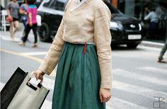 traditional Korean dress hanbok-leesle-01-fashioninkorea